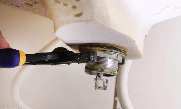 kitchen sink drain replacement