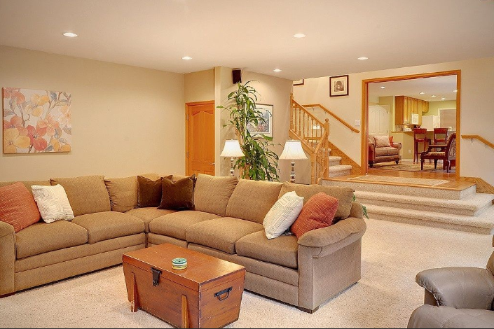 throw pillows for brown leather couch