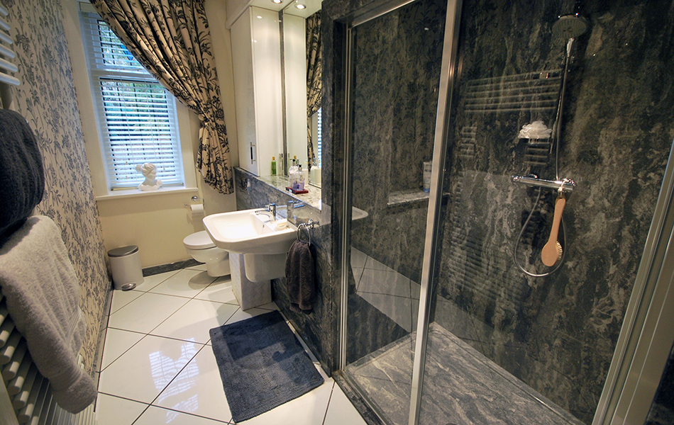 different types of shower walls