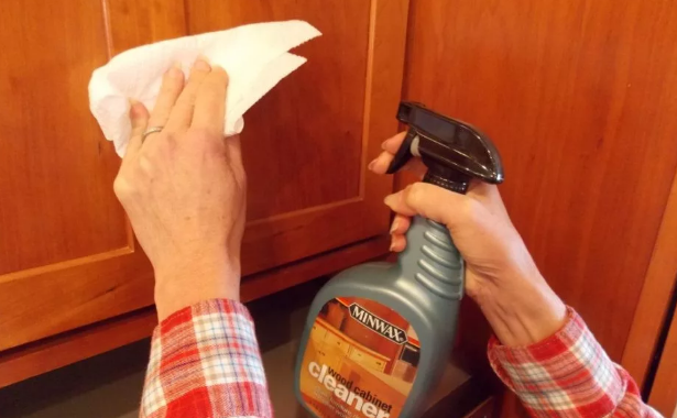 homemade cabinet cleaner
