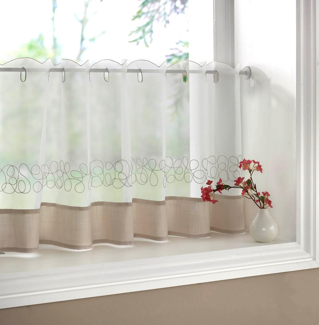 lower half window treatments