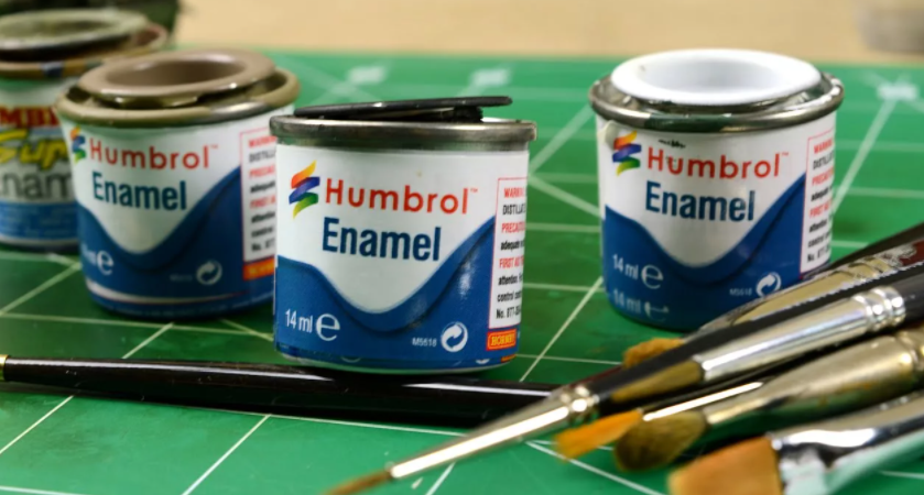 latex vs enamel paint